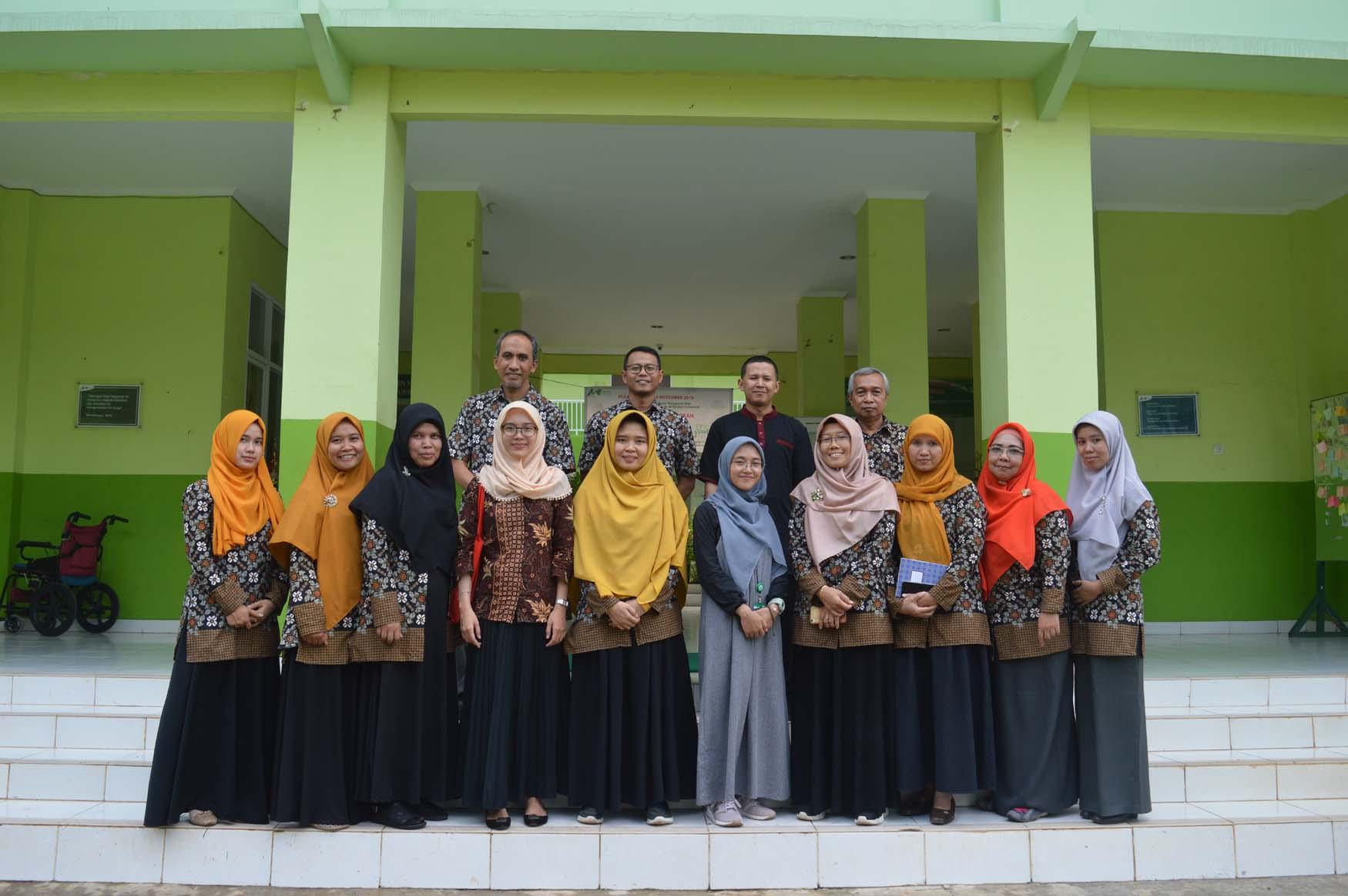 Training Pengelolaan Data dan Informasi Lembaga